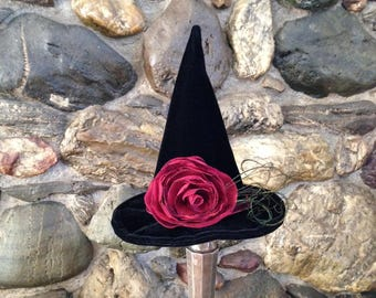 Witch Hat Halloween Fascinator, Mini Witch Hat, Red Rose Top Hat Fascinate