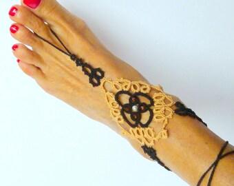 Tatting lace barefoot sandal