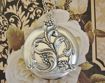 Large Silver Locket Wedding Bride Bridesmaid Graduation Gift Wife Mother Birthday Sister Daughter Necklace Photo Pictures - Chloe