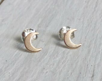 Tiny Cresent Moon 14kt Gold Filled Studs, Half Moon Studs,Celestial Earrings