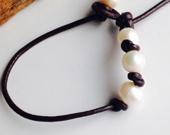 Leather Bracelet, Leather and Pearls, Freshwater Pearl Bracelet, Knotted Bracelet, Etsy, Etsy Jewelry