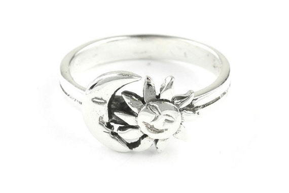 Sterling Silver Sun & Moon Ring jVXbs