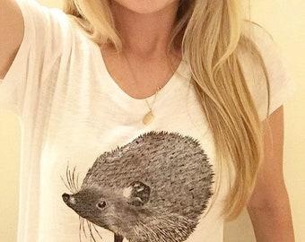 Hedgehog white T-shirt | Women's clothing | ladies | 100% organic cotton | short sleeved | Super soft | Lino printed |
