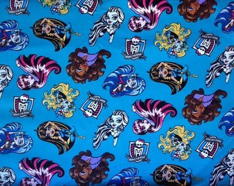Travel or Child Pillow Case / Monster High / Fabulous Poses on Turquoise