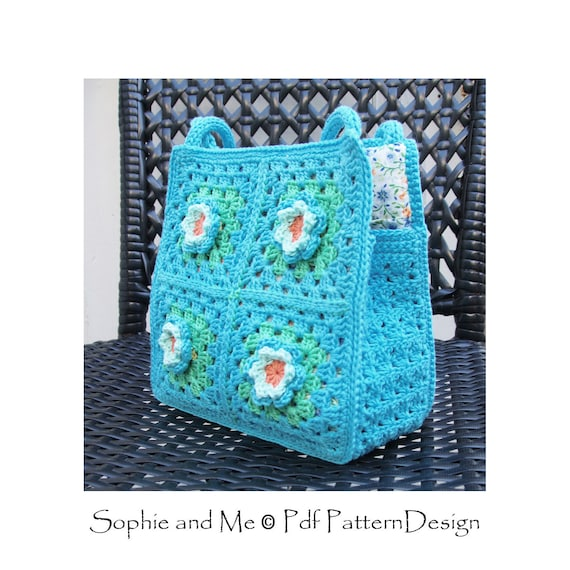 Granny Square Bag with flowers for little and big girls