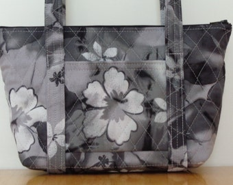 Small Black White Grey Flower Print Quilted Purse