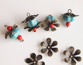 30 Metal Bead Caps Vintage Style 6 Petal Flower Antique Bronze Size 16mm
