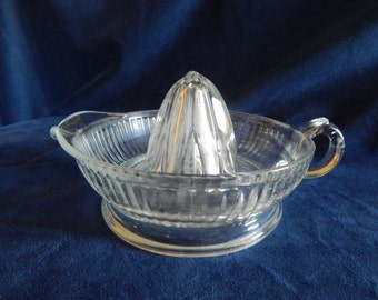 Vintage 1940's Hocking Glass Juicer