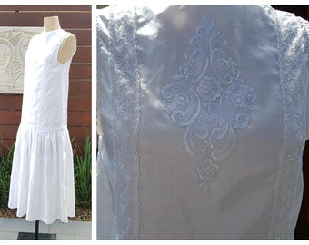 Gatsby Flapper Handmade and Vintage Wedding Dress with Drop Waist and Applique Lace size small