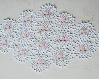 Table runner, pink and white cotton crocheted