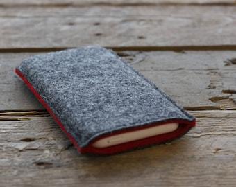 Samsung Galaxy Sleeve - Samsung Galaxy Cover - Samsung Galaxy Case in Mottled Dark Grey and Red 100% Wool Felt