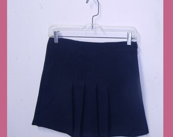 navy pleated skort. high waisted tennis skirt shorts. 90s 1990s extra small