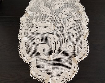 Decorative crochet vintage item
