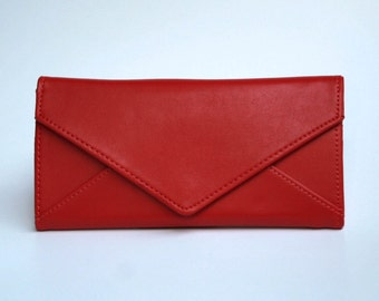 Womens Plum red Leather Wallet,  Plum red  Wallet,  Red Wallet, Leather Wallet, Womens Wallet, Envelope Shaped Wallet