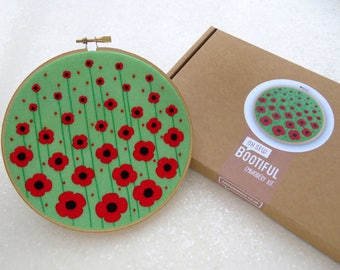 Poppies Embroidery Kit, Remebrance Day Gift, Poppy Gifts, Wildflower Hoop Art Kit, Floral Needle Craft Kit, Flower Needlework Craft Set Gift