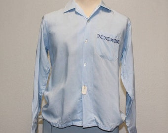 Vintage 1960s gabardine deadstock long sleeve button down light blue shirt medium 378