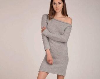 Nice dress in gray.