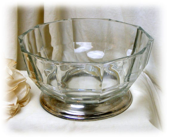 Gorgeous Heavy Glass Serving Bowl on a Silver Base