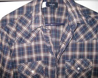 vintage Wrangler snap button western shirt