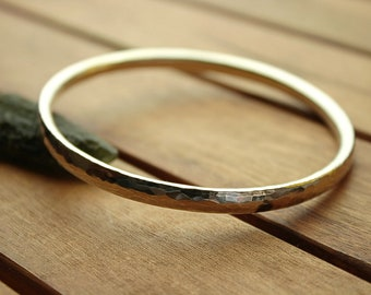 Silver bangle | hammered bangle | chunky silver bangle | thick bangle | heavy bangle | women's bangle | men's bangle | 2.9""