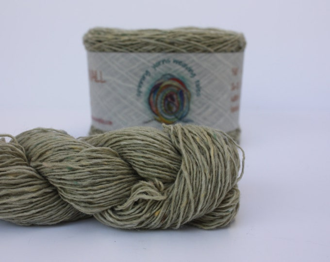 Spinning Yarns Weaving Tales - Tirchonaill 537 Pale Moss Green 4ply