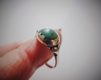 Old Tibetan Ring, Size 7, Himalaya Turquoise, Silver Antique, Ethnic Ring, Tribal Jewelry, Tibet Green Turquoise, Protective Ring, Old