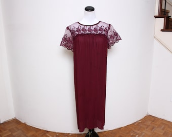 VTG 70s Maroon Sheer Lace Empire Baby Doll Pleated Dress S/M/L