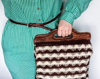 Vintage Crochet Bag with Wooden Handles