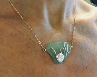 Serenity Seafoam and Gold Ripple Necklace