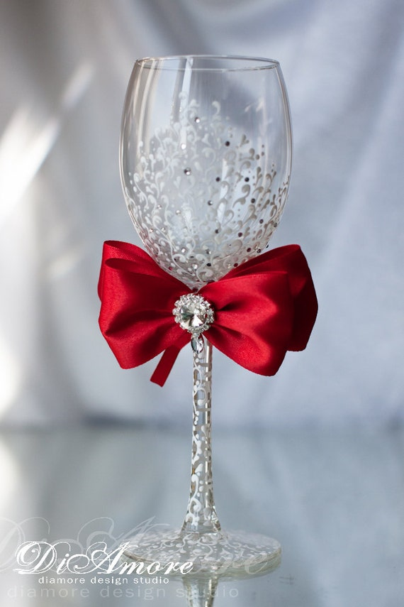 Red and White Personalized Wedding Set Champagne Flutes