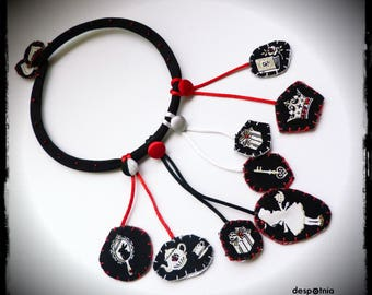 In Wonderland Necklace