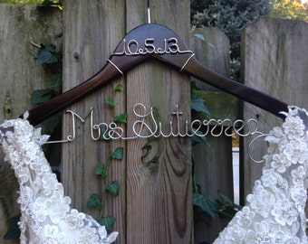 Wedding Hanger with Date, Custom Bride Hanger, Engagement Gift, Bridal Shower, Name Hanger,Mrs Hanger,Wedding Hanger,Personalized Bride Gift