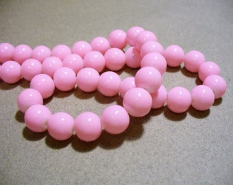 Glass Beads  Light Pink Round 10MM