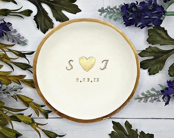 Wedding ring holder, Wedding gifts for couples, Personalized wedding gifts for couple, Bridal shower gift for her, Personalized ring dish