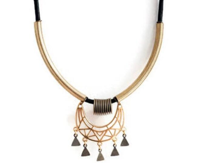 Bagan Gold necklace.
