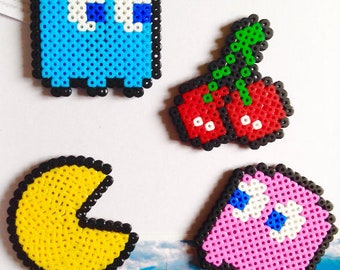 Pac-Man Fridge Magnet Set