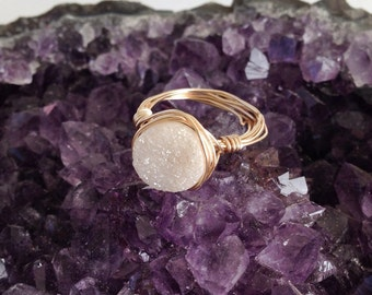 Druzy ring - white druzy - druzy ring gold - geode ring - gemstone ring - raw gemstone ring - wire wrapped jewelry -drusy ring