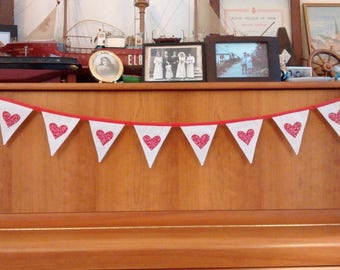 Valentine Fabric Heart Bunting