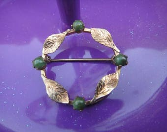 Vintage brooch pendant pin vintage jewelry gold tone and green brooch pin