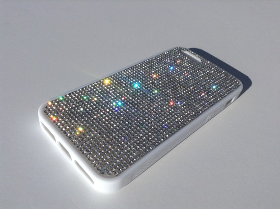 iPhone 5 / 5s / 5se Clear Diamond Crystals on White Rubber Case. Velvet/Silk Pouch Bag Included, Genuine Rangsee Crystal Cases.