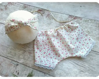 Newborn baby girl bloomers and knotted tie back headband, baby girl photo prop, uk seller.