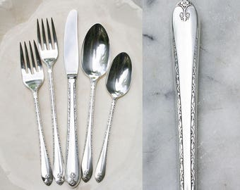 1 Vintage Silver Plate Place Setting / 1940's Exquisite Pattern / Wedding Silverware / WM Rogers Flatware