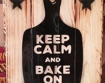 keep calm and bake on pallet sign