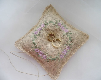 Ring Bearer Pillow, Hand Embroidered, Burlap Ring Pillow, Rustic Wedding, Wedding Ring Bearer, Barn Wedding, Country Wedding, Ring Pillow