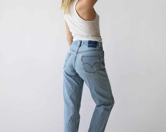 SALE 30% OFF LEVI'S High Waist Jeans