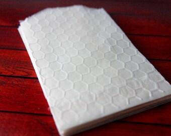 25 Honeycomb Embossed Glassine Favor Bags