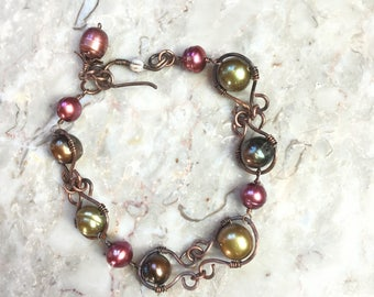 Multicolor pearl and copper wire wrapped bracelet