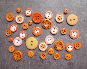 100 buttons round size pattern colour shade mix Orange