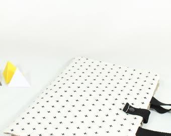 Pocket design, nomadic, small cross, black, taupe