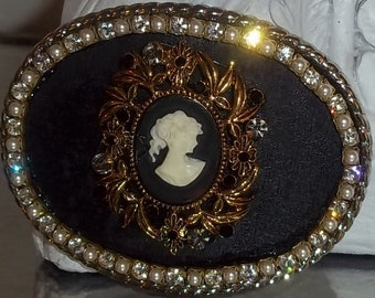 Womens Vintage Style Cameo, Crystal and Pearl Belt Buckle
